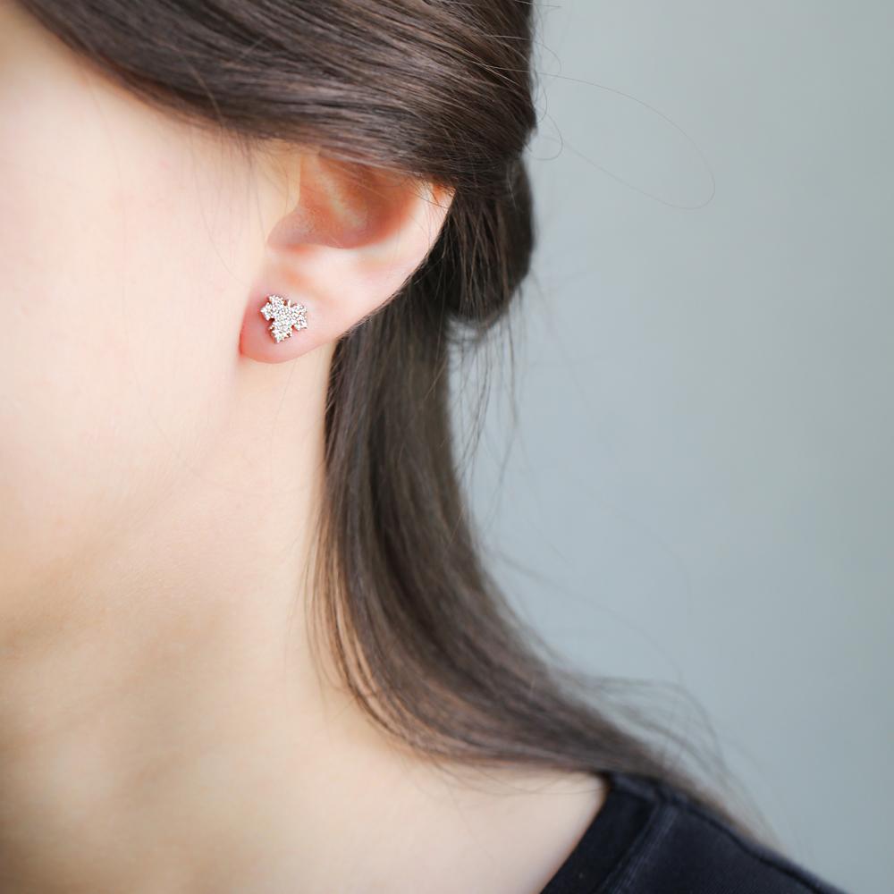 Leaf Stud Earring Wholesale Handcrafted Sterling Silver Earring