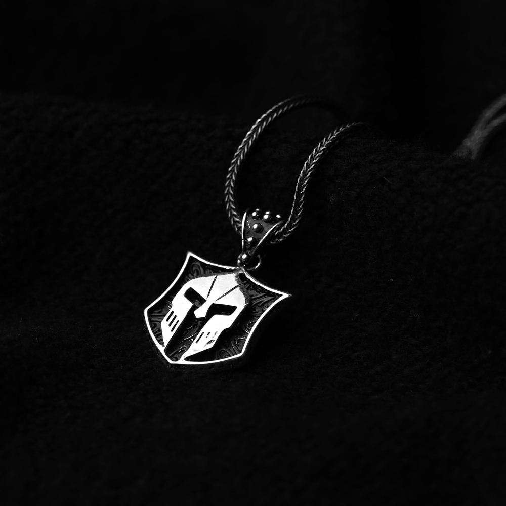 Ancient Helmet Charm Flat Curbed Chain Wholesale Handmade 925 Sterling Silver Men Necklace
