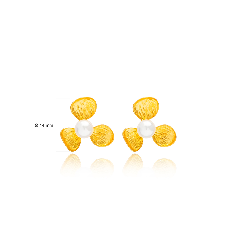 Daisy Mother of Pearl Stone 22K Gold Plated Stud Earrings Handcrafted Wholesale 925 Sterling Silver Turkey Jewelry